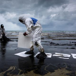catastrophic-oil-at-the-Macondo-Prospect