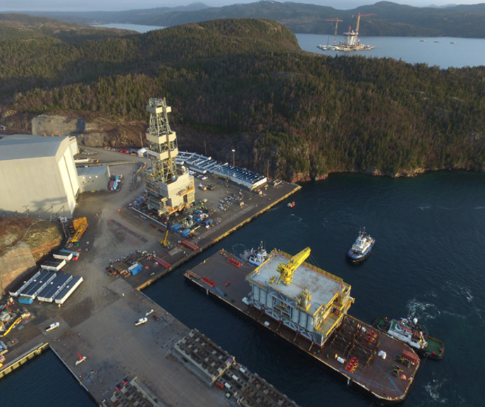 hebron project Hebron is a heavy oil field located 350km south-east of the newfoundland and labrador capital st john's, in the jeanneread more.