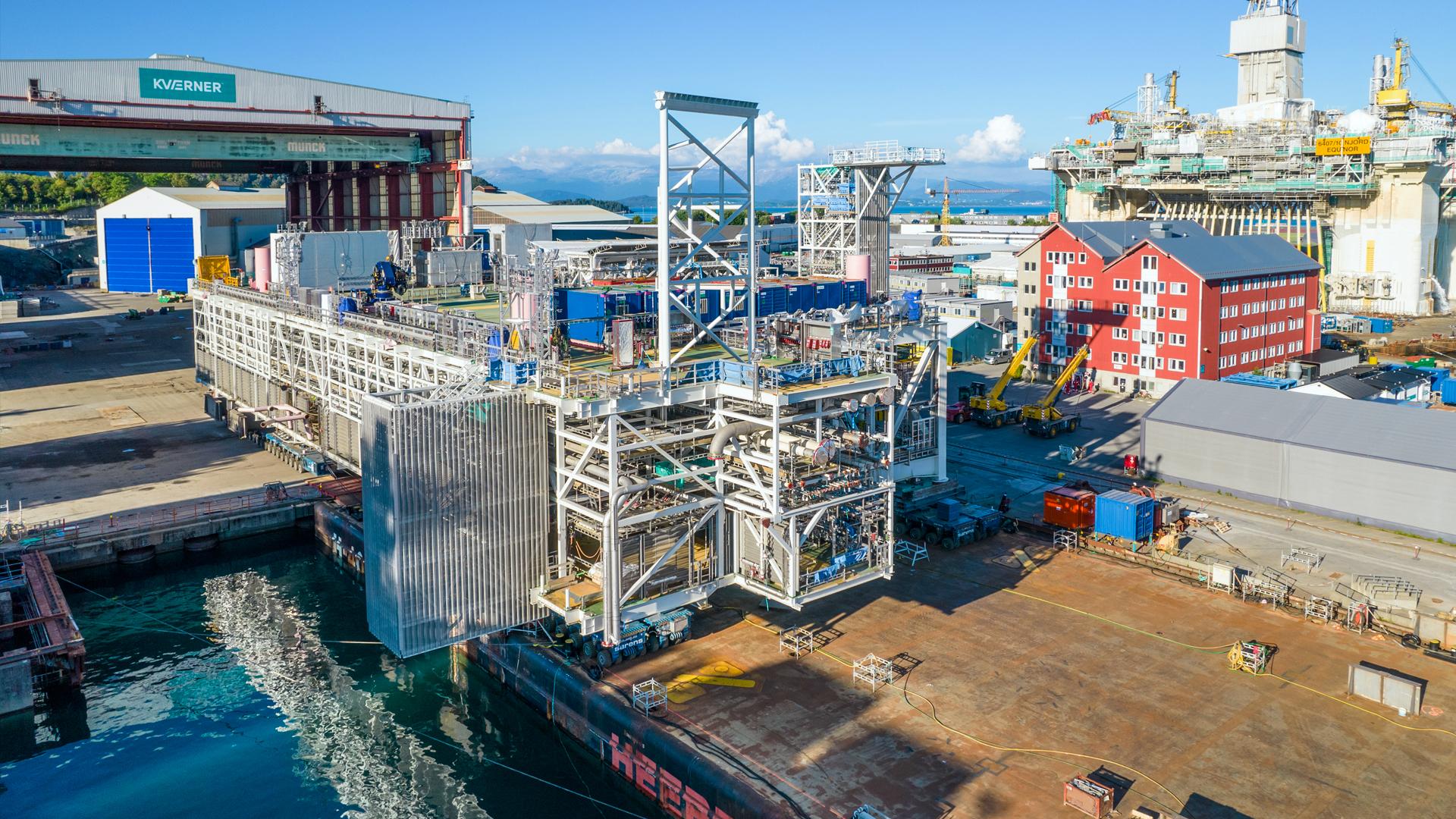 Aker Solutions: Delivers 5000-ton module for epic Johan Sverdrup riser platform - The OGM